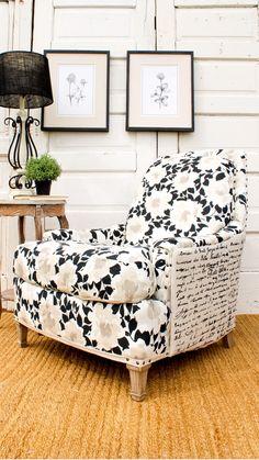 Modern Cottage Style, Cottage Style Living Room, Furniture Makeover, Diy Furniture, Furniture Slipcovers, Modern Bathroom Design, Living Room Chairs, Room Decor, Sofa