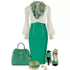 Not a fan of green but this is hot!