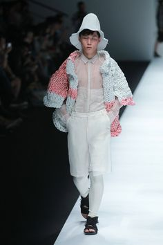 Ban Xiaoxue presented his Spring/Summer 2015 collectionduringShanghai Fashion Week.