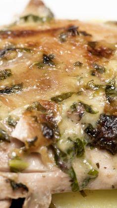 Pollo con Crema de Espinaca ~ Receta | Tastemade