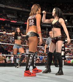 Night of Champions 2014: Paige vs Nikki Bella vs AJ Lee (Divas Championship)