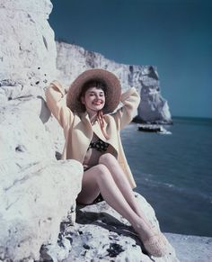 Summer Style Inspiration From Audrey Hepburn