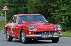 Ferrari 330 GT 2+2 (1965)