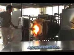 Dale Chihuly lesson - How to do Glass Blowing - interesting