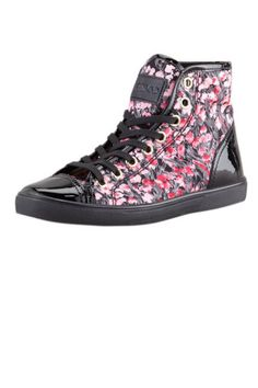 Lily of the Valley Sneakers... perfect idea for the rigged mesh Hi-Tops I'm making.