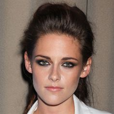 Kristen Stewart - Best Celebrity Hair And Make-Up Trends