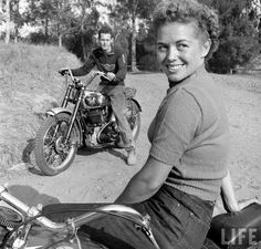 Matchless vintage from 'Life' magazine Lady Biker, Biker Girl, Biker Chick, Vintage Biker, Vintage Ladies, Vintage Woman, Motorcycle Style, Motorcycle Tips, Cruiser Motorcycle
