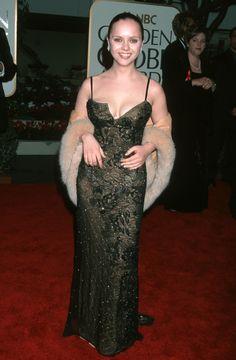 11 Dresses from the 1999 Golden Globes Red Carpet That Are SO Retro It Hurts Christina Ricci, Beautiful Christina, Christina Aguilera, Celebrity Moms, Celebrity Photos, Celebrity Style, Seinfeld, Santa Monica, Aquarius