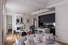 TITO9396 Véronique Cotrel Living Room Update, Home Living Room, Paris Living Rooms, Cosy Kitchen, Parisian Apartment, Style Deco, Living Room Inspiration, Home Fashion, Room Decor