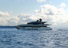 Mondo Marine M43, Exterior design project by Hot Lab yacht & design