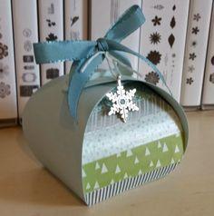 Curvy Keepsake Winter Box