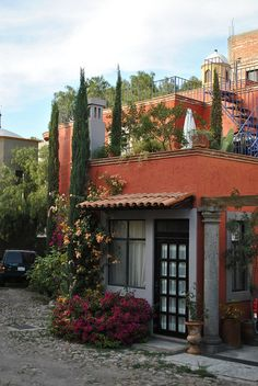 Mexican decor: a house in San Miguel de Allende, Guanajuato