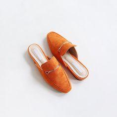 핫 잇 슈!!! #블로퍼 🤗  shoes: [프릿지]  #sotd #ootd #슈스타그램 #데일리슈즈  #모노바비 #monobabie