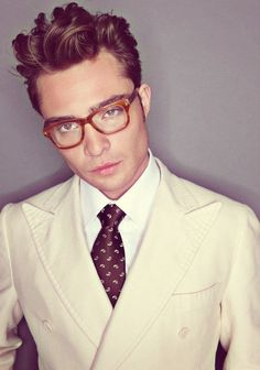 Ed Westwick stylin' with an excellent pair of spectacles - men's style & fashion #eyewear