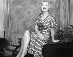 [Style Icons] Người mẫu Sandy Goodwin, một tên tuổi nổi tiếng trong làng thời trang Mỹ thập niên 30. Cô không chỉ sở hữu gương mặt đẹp mà còn có phong cách thời trang.
