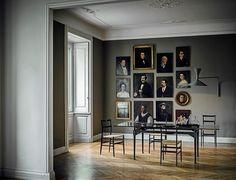 """""""Die Tische TL3 von Designer Franco Albini für Cassina. Das Möbel vollzieht eine klare Trennung zwischen der tragenden Struktur und der aufl..."""