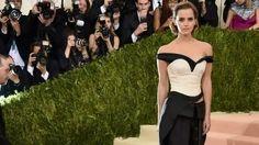 Emma Watson a socat la Met Gala 2016