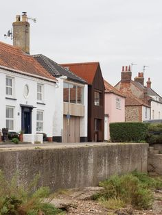 Built on the site of a pub called the Freeholders Arms, which gives the home its name, the two-bedroom home was designed for family gatherings as well as holiday rentals. British Architecture, Residential Architecture, Amazing Architecture, Wells Next The Sea, Two Bedroom House, House Names, Architectural Features, Brickwork, Bay Window