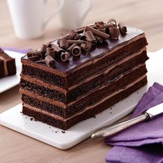 Chocolate lovers, unite! For those who just have to have chocolate, I've gathered some amazing recipes that you just have to try.