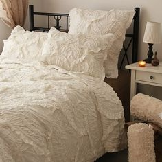 1000 Images About Bedding That Looks Cozy