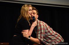 Elizabeth Lail et Scott Michael Foster - Fairy Tales 3 Convention (Once Upon A Time) #OUAT #FT3