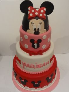 Cake by Minnie Mouse