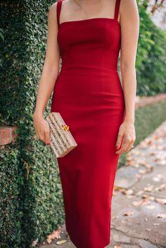 Gal Meets Glam The Red Dress - Cinq A Sept dress kleider The Red Dress Red Bodycon Dress, Red Midi Dress, The Dress, Zara Red Dress, Dress Long, Dresses For Teens, Casual Dresses, Short Dresses, Prom Dresses