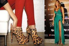 Τα πολυτελή υποδήματα και ειδικά οι γόβες  του Οίκου Steve Madden, που εισάγει στην Ελλάδα κατ' αποκλειστικότητα η NAK Shoes, έχουν φορεθεί από όλες τις celebrities του Hollywood, αλλά και διασημότητες της ελληνικής Showbiz, όπως οι Kylie Kardashian, Kate Moss, Rihanna, Brittany Snow, Έλλη Κοκκίνου, Αγγελική Ηλιάδη, Κατερίνα Στικούδη και πολλές ακόμη μεγάλες stars.  Μέχρι και την Δευτέρα 1/10, η NAK shoes σας δίνει την ευκαιρία να αποκτήσετε ένα ζευγάρι Steve Madden, με 50% έκπτωση!!! Brittany Snow, Kate Moss, Steve Madden, Knee Boots, Shoes, Fashion, Moda, Zapatos, Shoes Outlet
