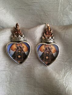 Madonna and Child sacred heart earrings. #historymuseumsantafe