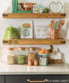 Everyone's favorite on-trend finish is easy to incorporate in any space! Add vintage details to your home with copper kitchen accessories.
