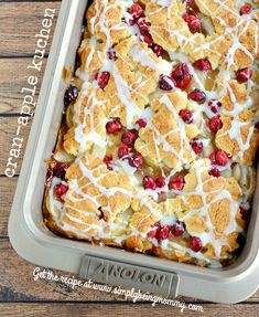 Lightened Up Cran-Apple Kuchen Recipe = All the flavors you love and enjoy without all the calories! Easy recipe for the holidays! Great Desserts, Holiday Desserts, Holiday Baking, Holiday Recipes, Dessert Recipes, Christmas Sweets, Family Christmas, Holiday Treats, Christmas Recipes