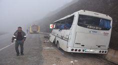 Maden İşçilerini Taşıyan Minibüs Kaza Yaptı: 2 Ölü 24 Yaralı