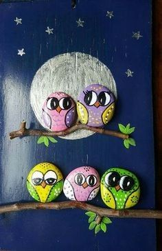 Hand painted rock with an adorable owl. Crafts with rocks ✓ Best Painted Rocks Ideas, Weapon to Wreck Your Boring Time [Images] Rock Painting Patterns, Rock Painting Ideas Easy, Rock Painting Designs, Pebble Painting, Pebble Art, Stone Painting, Painting Art, Painting Flowers, Painting Tools
