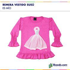 """Remera Vestido Susú de """"Es mío"""" viene con un coqueto aplique con forma de vestido de gasa.  Para conocer talles, colores disponibles y comprar ¡Hacé click en la imagen!"""