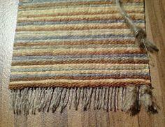diy rug...in Finnish but has good photos