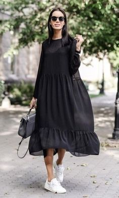 40 Best Dress or Skirt With Sneakers Ideas – Hijab Fashion Mode Ootd, Mode Hijab, Nice Dresses, Casual Dresses, Casual Outfits, Dresses Dresses, Summer Outfits, Sneakers Fashion Outfits, Elegant Dresses