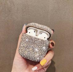 Cute Ipod Cases, Oreillette Bluetooth, Apollo Box, Apple Airpods 2, Accessoires Iphone, Earphone Case, Air Pods, Airpod Case, Coque Iphone
