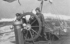 Model Sailing Ships, Bateau Pirate, Merchant Navy, Aluminum Boat, Pontoon Boat, Ship Art, Boat Plans, Tall Ships, Vintage Photography