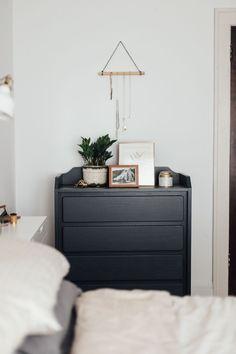 Before & After: Budget Bedroom Makeover (Under $250) | Pour la ...