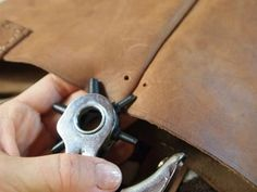 Picture of Attaching the Long Strap to the Tote Diy Leather Tote Bag, Leather Bag Pattern, Diy Tote Bag, Sewing Leather, Leather Store, Leather Projects, Handbags On Sale, Leather Working, Purses