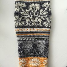 Ravelry: Project Gallery for Loistavat niityt – Great Meadows (Muhu Socks) pattern by Tiina Kaarela