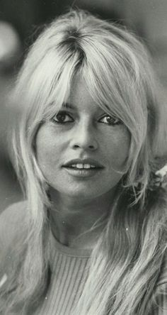 Bardot, Deneuve and Bridgitte Bardot, Sophia Loren, Catherine Deneuve, Marlene Dietrich, Bardot Hair, Bardot Bangs, Star Francaise, Estilo Retro, French Actress