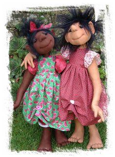 Best Friends Pattern original cloth doll pattern by sewingsadie Doll Sewing Patterns, Sewing Dolls, Doll Clothes Patterns, Homemade Dolls, Doll Tutorial, Fabric Dolls, Rag Dolls, Waldorf Dolls, Soft Dolls