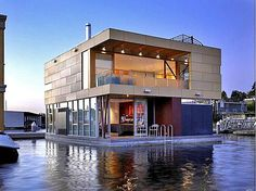 after i win the lotto... i will live in a floating home in sausalito, california. true. story.