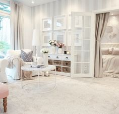 Love this gorgeous room! Living Room White, White Rooms, Cozy Living Rooms, Interior Design Living Room, Home And Living, Living Room Designs, Living Room Decor, Bedroom Decor, Aesthetic Rooms