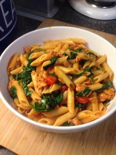 Vicki-Kitchen: Tasty smoky sausage pasta (Slimming World friendly...
