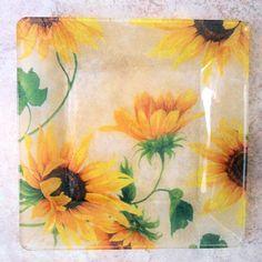 sunflower kitchen accessories | ... Semi Transparent Glass Plate, Sunflower Kitchen Decor, Bright Yellow