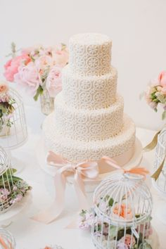 Peach daisies: http://www.stylemepretty.com/2015/06/14/wedding-cakes-almost-too-pretty-to-eat/
