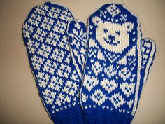 Let's Play Two Knitting pattern by Snowy Woods Knits Knitting For Kids, Free Knitting, Knitting Patterns, Cubs Players, Snowy Woods, Cubs Fan, Thick Yarn, Fair Isle Knitting, Lets Play