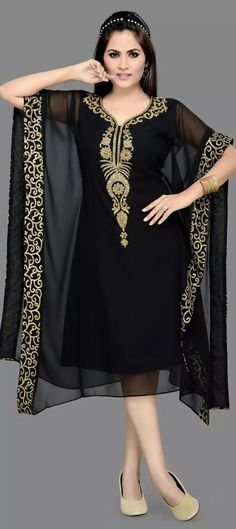 Black and Grey color family stitched Kaftan . African Fashion, Indian Fashion, Womens Fashion, Abaya Fashion, Fashion Dresses, Mode Glamour, African Dress, Pakistani Dresses, Dress Patterns